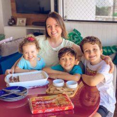Chegou a hora de celebrar os diferentes sabores e relações que conectam mães e filhos!...